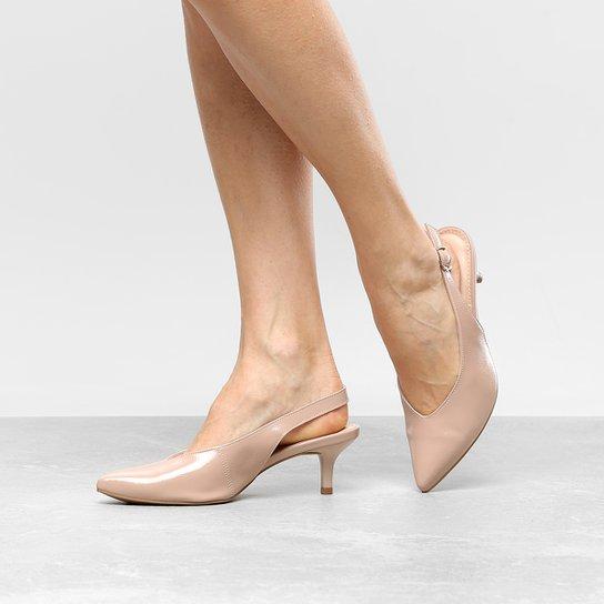 0f2897eec Scarpin Dakota Salto Médio Chanel Follow - Rosa Claro - Compre Agora ...