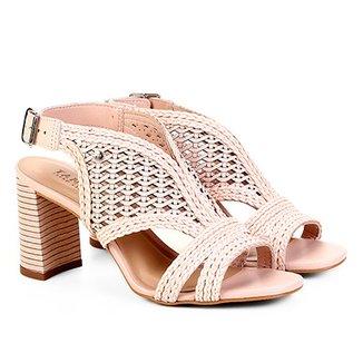 32c08c391 Sandálias e Calçados Tanara em Oferta | Zattini