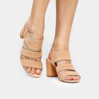 e75fb4dcf Sandália Couro Shoestock Salto Médio Barbicacho Feminina