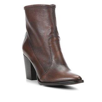c22b1a01f5 Bota Couro Cano Curto Shoestock Bico Fino Feminina