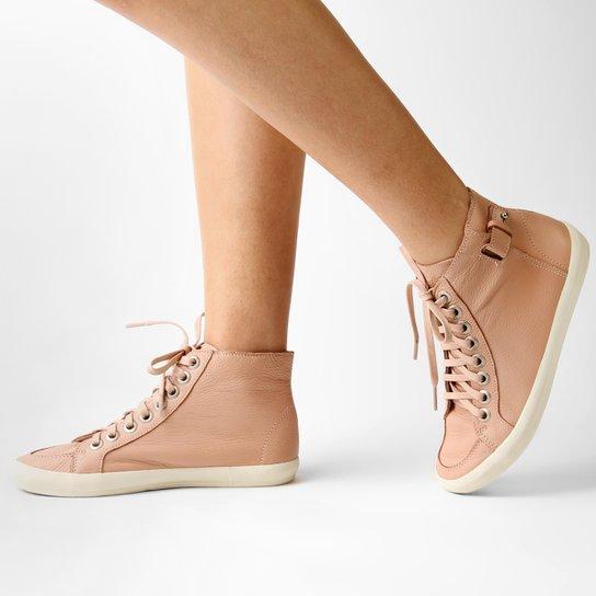 9061b4ffe Tênis Casual Calvin Klein Cano Alto - Compre Agora | Zattini