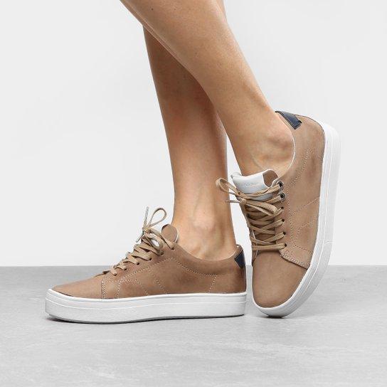cdcc91513c0 Tênis Couro Calvin Klein Flatform Feminino - Compre Agora