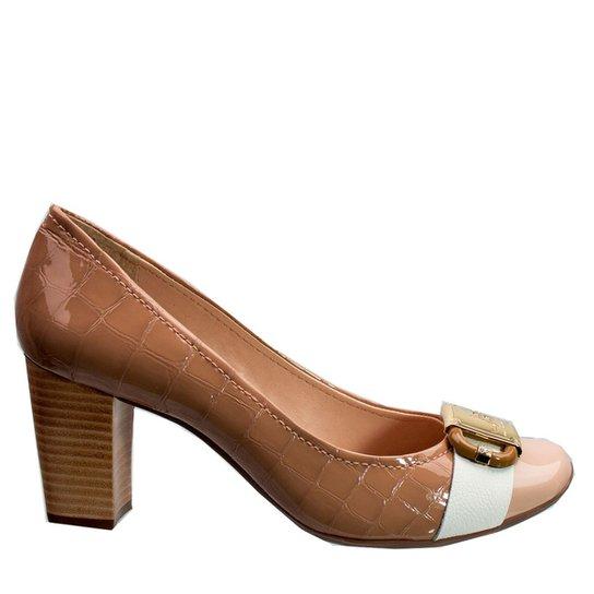 f218a5ef7b0f1d Sapato Feminino Jorge Bischoff Risca Giz Verniz J40121016 A01 - Bege ...