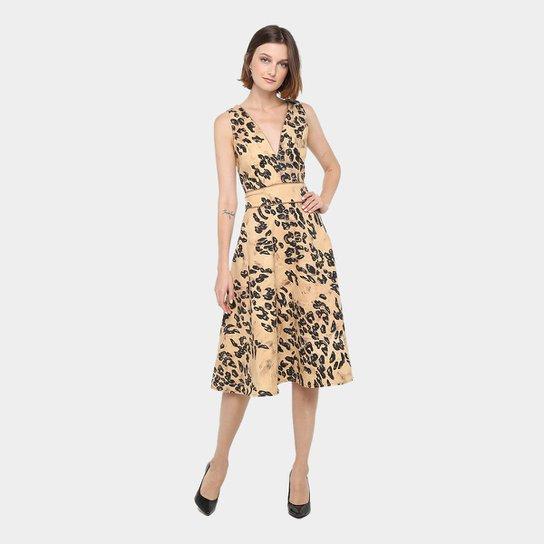 b7b2fc143 Vestido Lança Perfume Evasê Midi Lady Like Estampado - Bege
