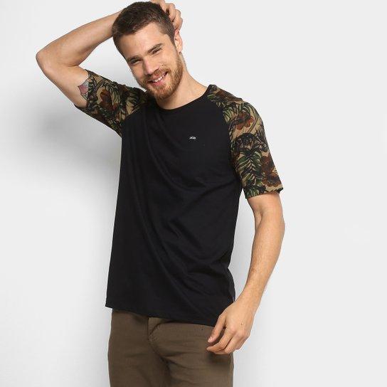 Camiseta MCD Especial Tropical Bones Masculina - Preto - Compre ... 8b9cff1aa48