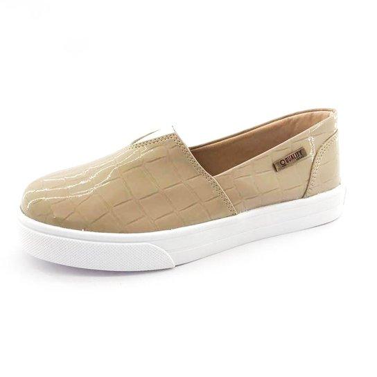 f14db559dc Tênis Slip On Quality Shoes Verniz Croco Feminino - Bege - Compre ...