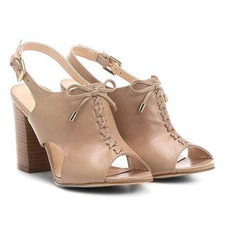 e30858f7a0d Sandália Couro Shoestock Salto Grosso Trançada Feminina