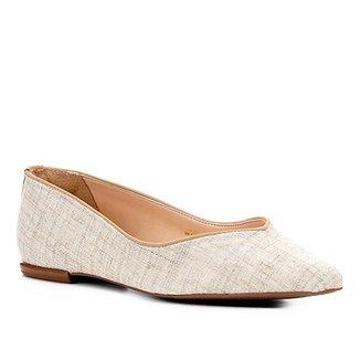 d09991278 Sapatilha Shoestock Bico Fino Recorte V Feminina