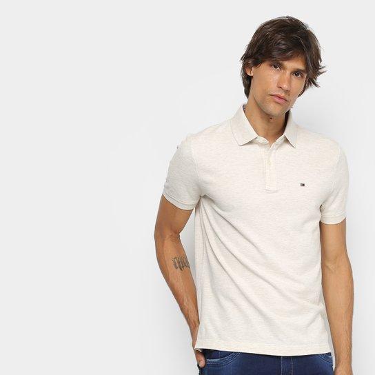 93517e8590cb5 Camisa Polo Tommy Hilfiger Básica Masculina - Off White - Compre ...