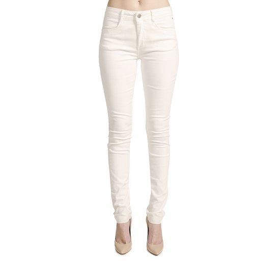 Calça Skinny Sarja Calvin Klein Feminina - Off White - Compre Agora ... 253f6ed0ad