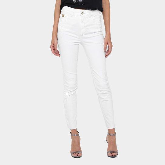9b4905255 Calça Jeans Skinny Colcci Karen Puídos Feminina - Compre Agora