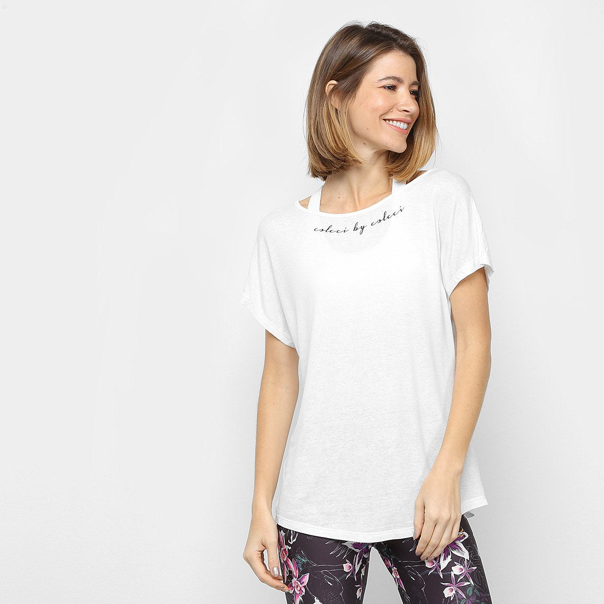 Camiseta Colcci Fitness Linho Feminina