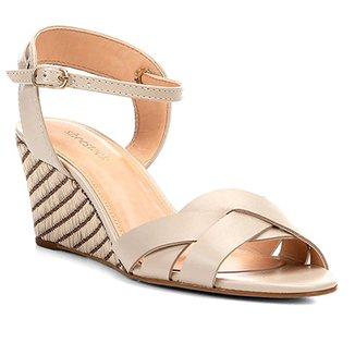 8253eaf0a0 Sandália Anabela Couro Shoestock Ráfia Feminina