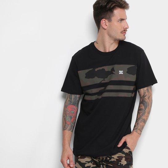 Camiseta DC Shoes Camo Land Masculina - Compre Agora  7167f282d1c