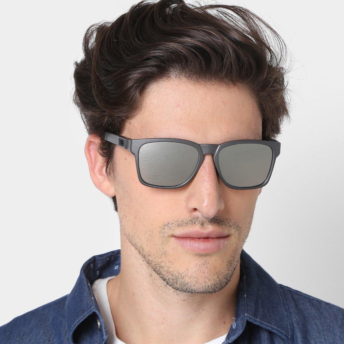 9801a2a81 Óculos de Sol Oakley Catalyst Iridium Masculino | Livelo -Sua Vida com Mais  Recompensas