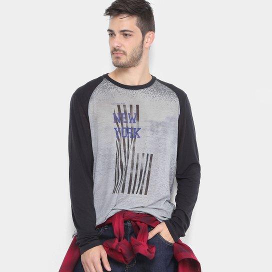 7522720a66 Camiseta Calvin Klein Manga Raglan Retrô Masculina - Preto