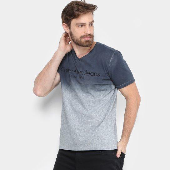 16fb945610bdf Camiseta Calvin Klein Degradê Masculina - Compre Agora