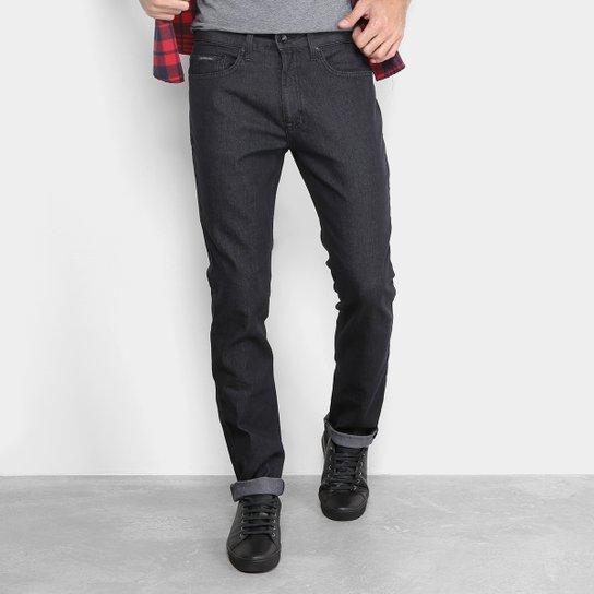 622fa49e41 Calça Jeans Slim Calvin Klein Masculina - Preto - Compre Agora