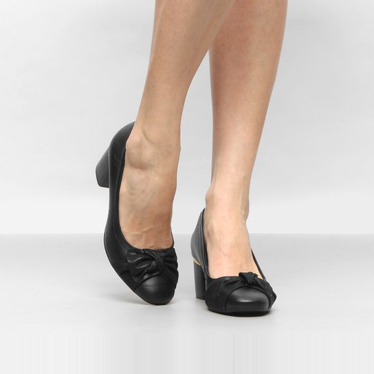 a4be27f24 Scarpin Comfortflex Salto Médio Couro - Compre Agora   Zattini