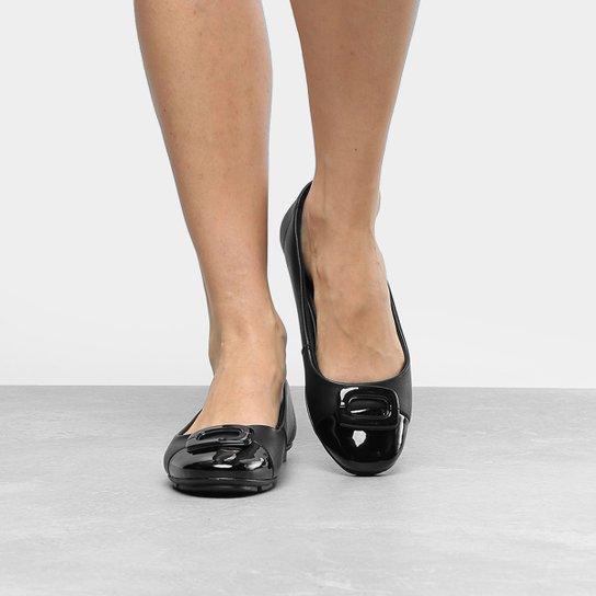 e1770bac0 Sapatilha Comfortflex com Fivela Feminina - Preto - Compre Agora ...
