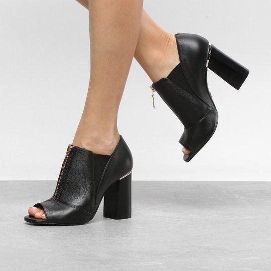 0dabcb83ef8 Ankle Boot Couro Jorge Bischoff Salto Grosso Elástico Napa Feminina - Preto