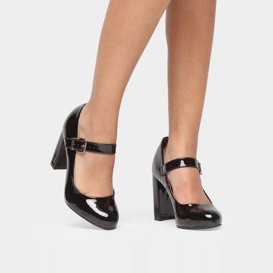 e0ddd96c8 Sapato feminino material sinttico Boneca Marca Vizzano
