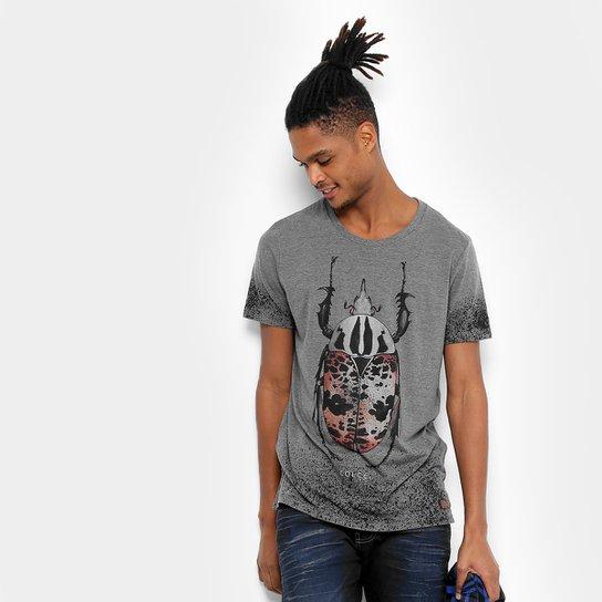d3ab4169d Camiseta Colcci Escaravelho Respingado Masculina - Cinza | Zattini