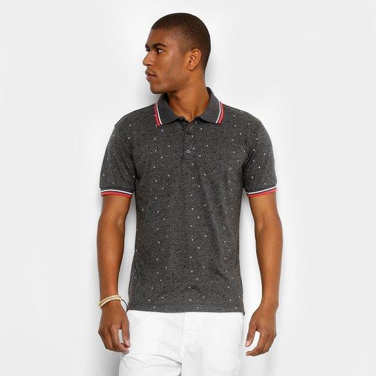 c0c827274c Camisa Polo Broken Rules Mini Print Geométrico Masculina - Chumbo ...