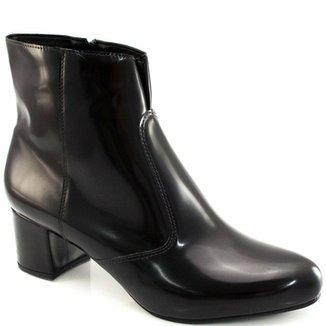 b0e7a6bc97 Botinha Verniz Numeração Grande Sapato Show