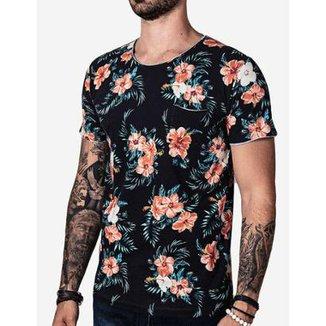 ad6d23ae10 Camiseta Hermoso Compadre Estampada Gola Rasgada Masculina
