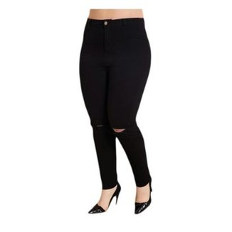fddc68086 Calça Jeans Preta Rasgada no Joelho Quintess Plus Size