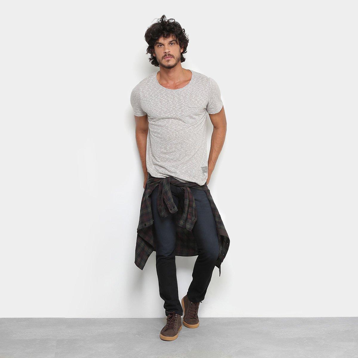 103dc3f26 Calça Jeans Skinny Preston Estonada Black Masculina | Livelo -Sua Vida com  Mais Recompensas
