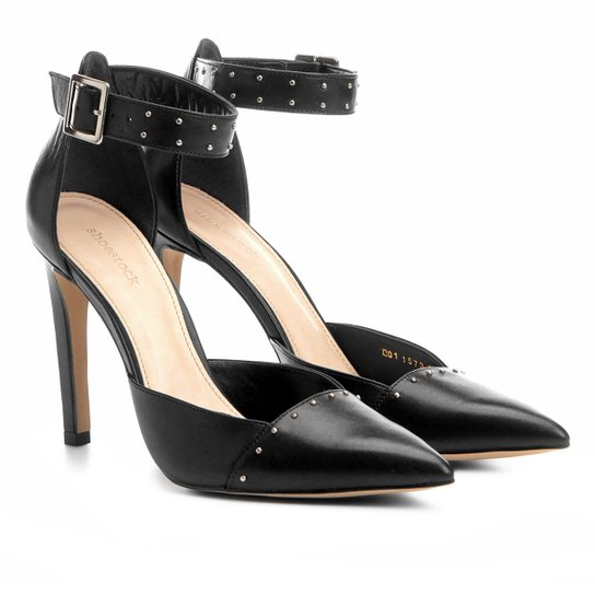 0e36e32bf7 Scarpin Couro Shoestock Salto Alto Rebites - Preto - Compre Agora ...