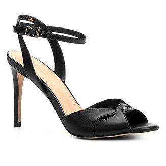 01d1ef599 Sandália Shoestock Salto Fino Cruzada Feminina