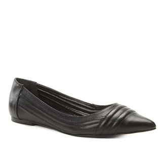 d8ede274ca Sapatilha Couro Shoestock Bico Fino Matelassê Feminina