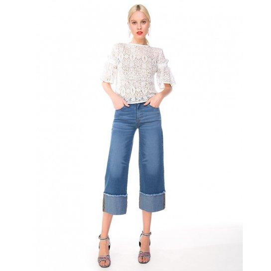 Calça AMARO Jeans Pantacourt Barra - Compre Agora  99fcf5d71f8