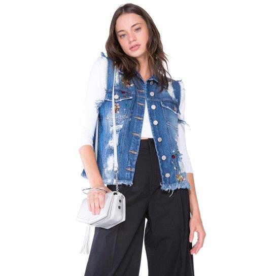 Colete Amaro Jeans Aplicações - Compre Agora  edcee69aa9e08