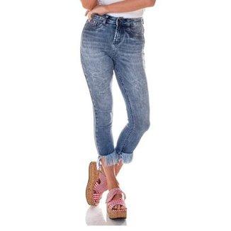 858a63ee6 Calça Jeans Denim Zero Skinny Cropped Média Barra Desfiada Feminina
