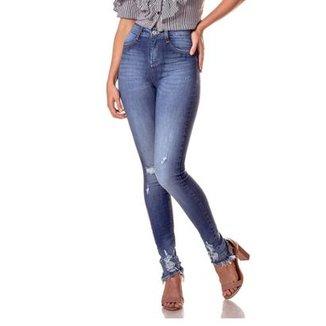 cb7fd6705 Calça Jeans Denim Zero Skinny Média com Puído Feminina