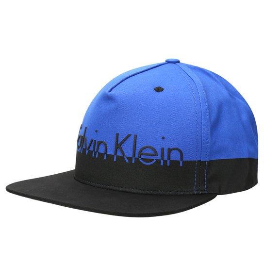 62b6d7bd472ce Boné Calvin Klein Aba Reta Logo - Compre Agora
