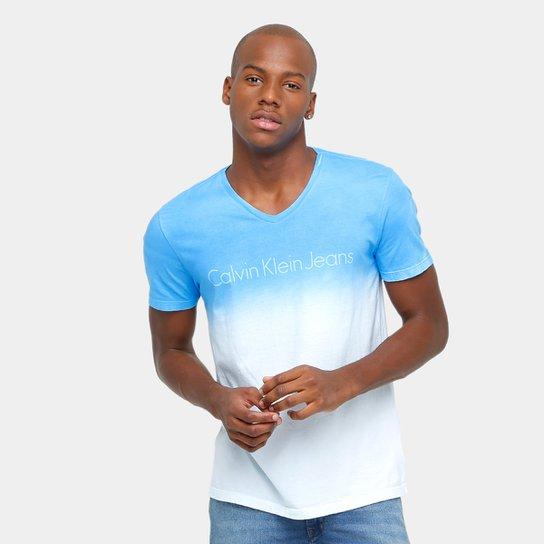1e30967dae736e Camiseta Calvin Klein Gola V Degradê Tinturada Masculina - Azul