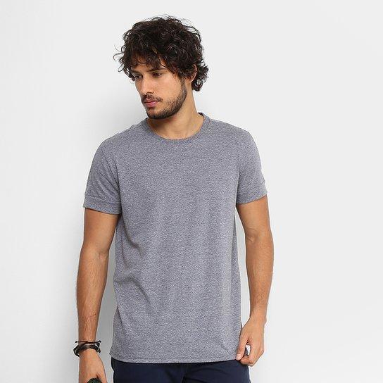 beb8b8fea8983 Camiseta Triton Mescla Estampa Ombro Masculina - Compre Agora