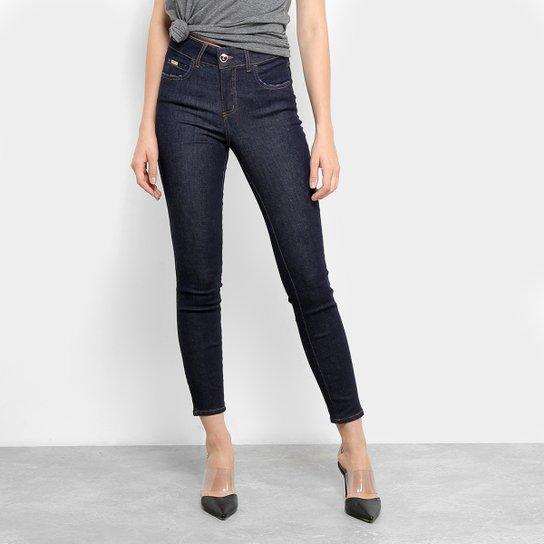 0e94a7f20 Calça Jeans Colcci Cory Cintura Média Feminina - Azul - Compre Agora ...