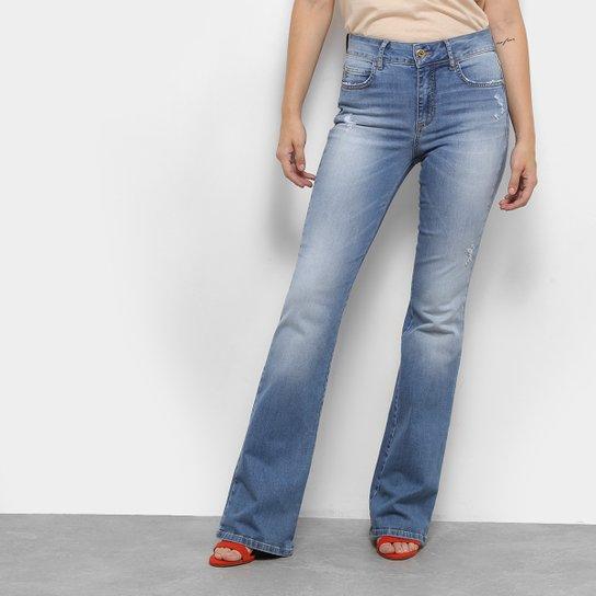 30d10b964 Calça Jeans Flare Colcci Estonada Cintura Média Feminina - Azul ...