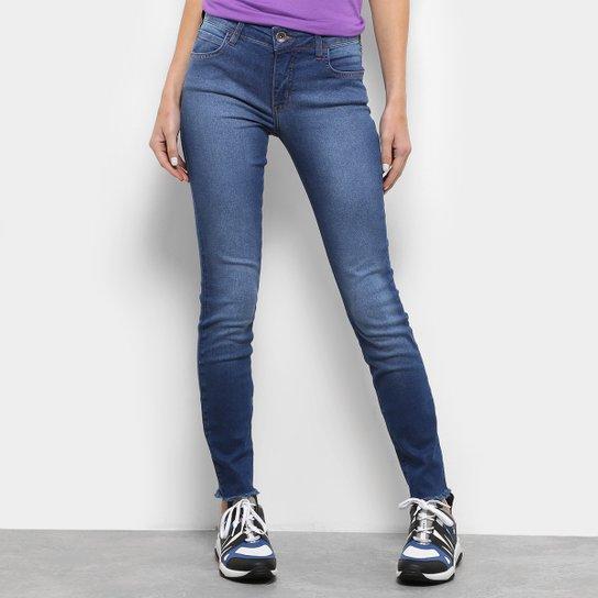 4a35ff96bc Calça Jeans Colcci Fatima Skinny Feminina - Azul - Compre Agora ...