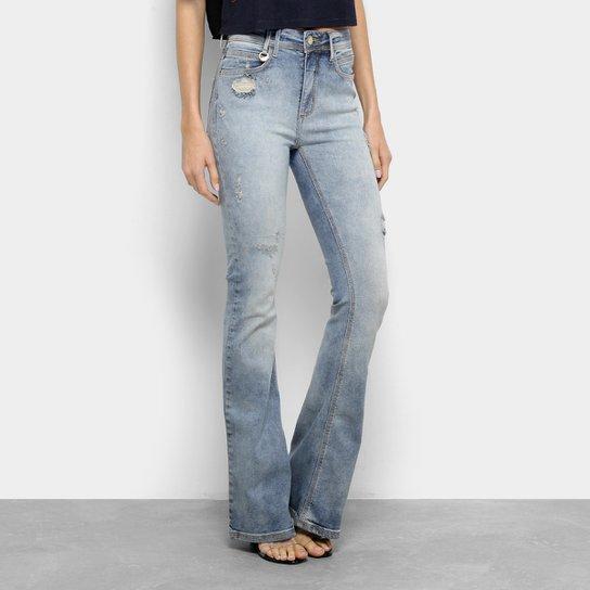 191bb6c95 Calça Jeans Flare Forum Estonada Rasgos Cintura Média Feminina - Azul Claro