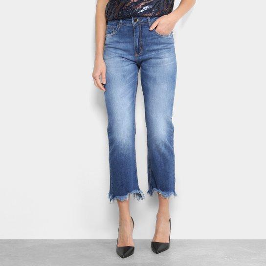 2b871e5470 Calça Jeans Pantacourt Forum Barra Desfiada Cintura Alta Feminina - Azul