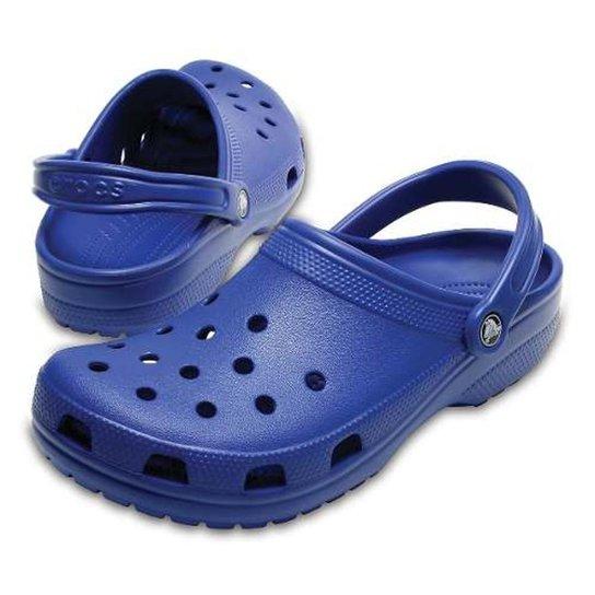 e8d0bf9f9 Sandália Crocs Classic Original - Azul | Zattini