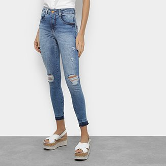 0007fd7420 Calças Jeans Biotipo Cigarrete Rasgada Feminina