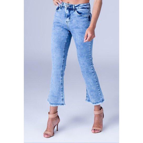 7e5ed55300afbc Calça Jeans Cropped Equivoco Sara Feminina - Azul - Compre Agora ...
